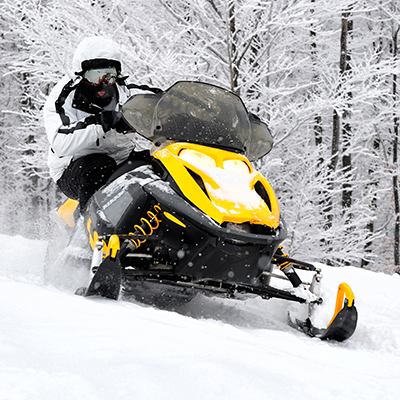 White Mountains, AZ activities: snow mobiling (image)