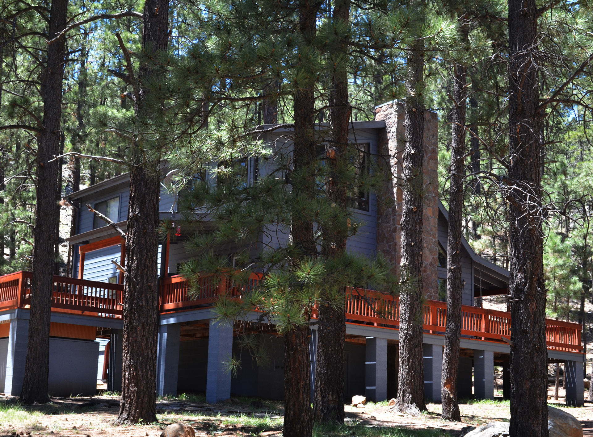 Acorn Lodge, Greer, AZ, side view